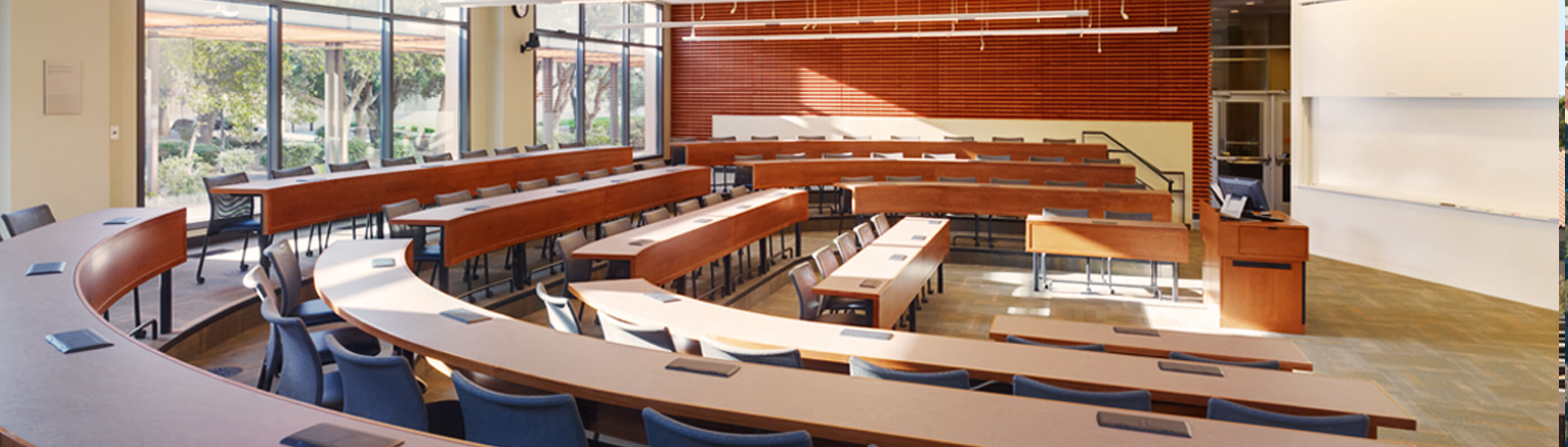 A large classroom in the Knight Management Center