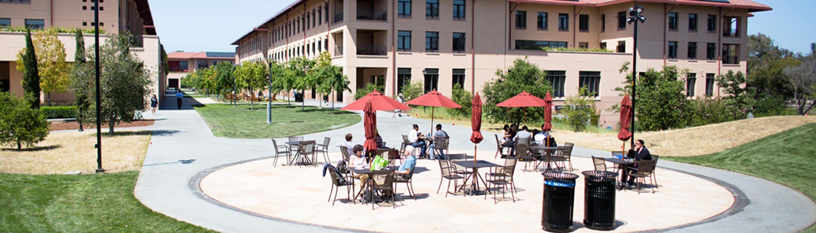 Outdoor seating in the GSB Bowl