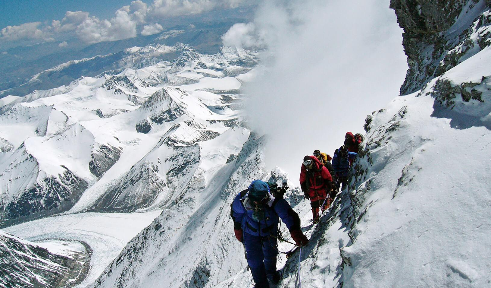 Climbers on the way to the top of Mount Everest. Credit: Reuters/Stringer