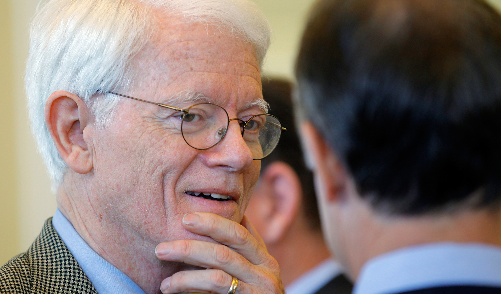 Peter Lynch, the former manager of the Fidelity Magellan Fund, in 2011. (Reuters photo by Brian Snyder)