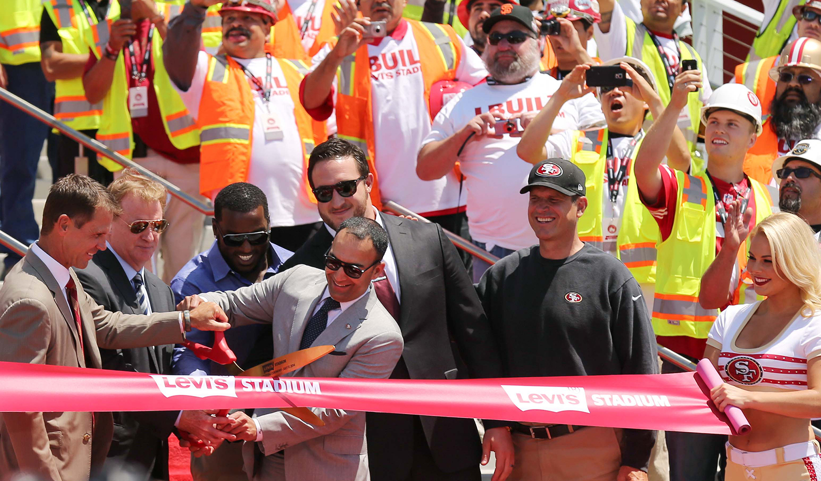 San Francisco 49ers President Paraag Marathe cutting the ribbon at the opening of Levi's Stadium in 2014 | Kelley L Cox – USA TODAY Sports