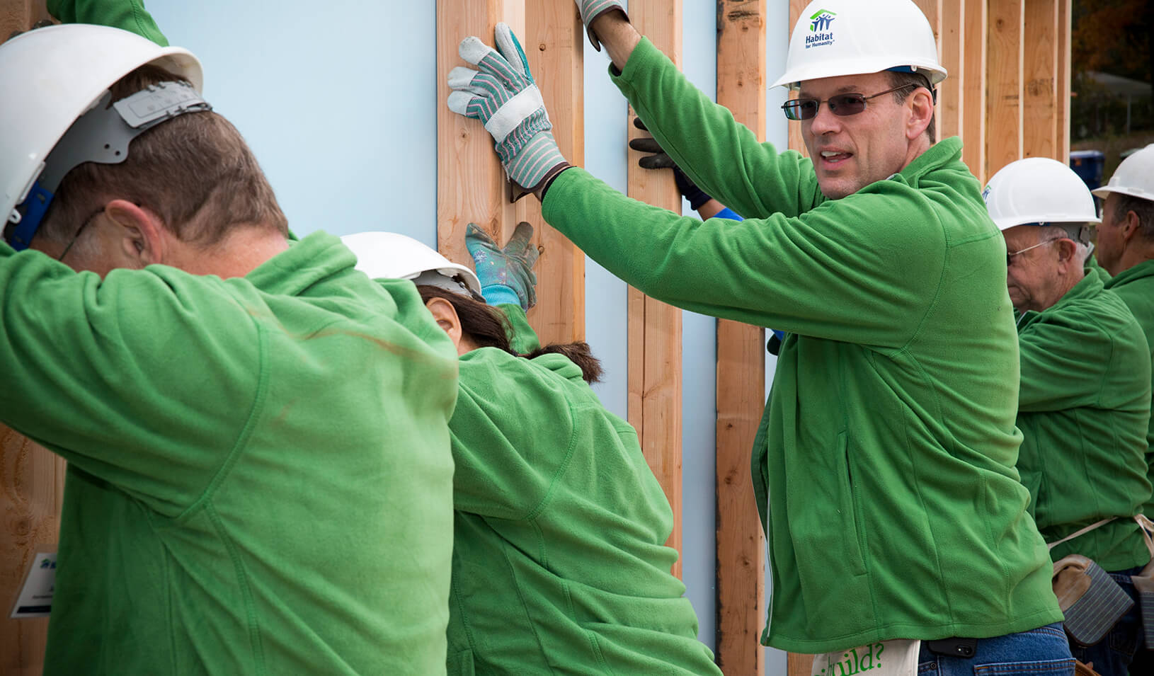Habitat CEO Jonathan Reckford helps build a home in Atlanta, Georgia. | Courtesy