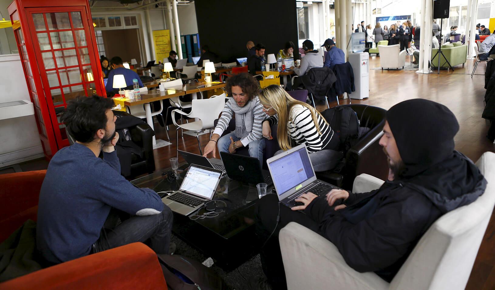 "Participants of the ""Start Up Chile"" program at work | Reuters/Ivan Alvarado"