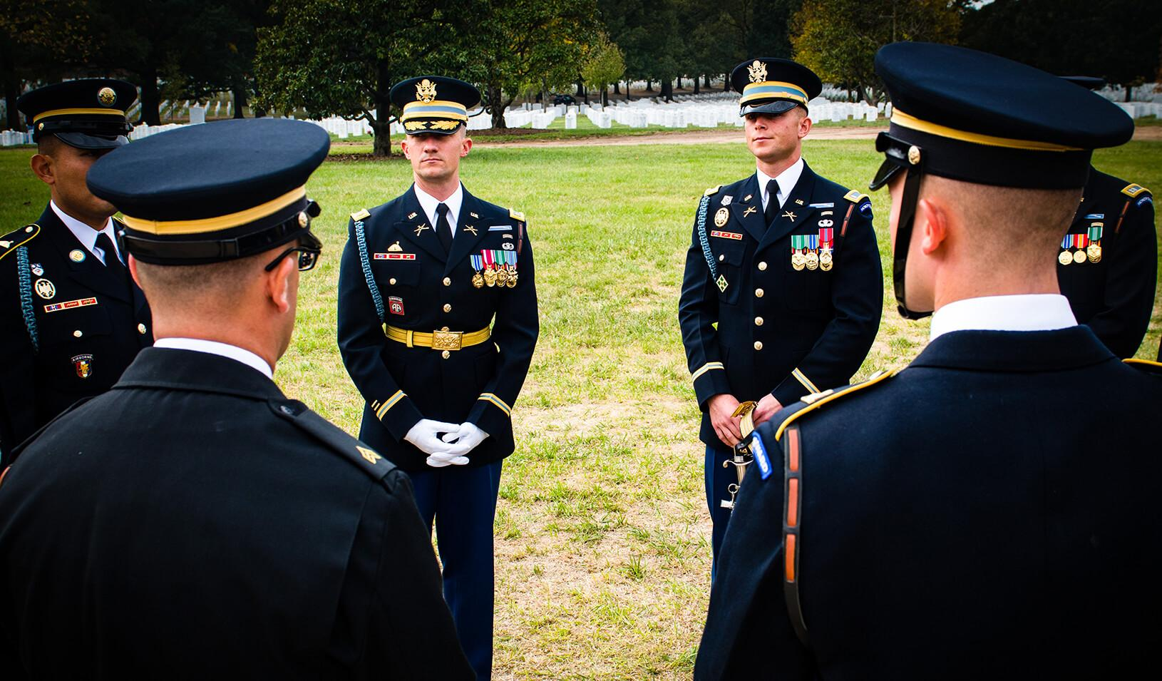 Stanford GSB alumni Eric Hanft in military uniform, leading a rehearsal before of a large military funeral in Arlington National Cemetery. Credit: Courtesy of Eric Hanft