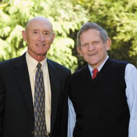 Chuck Holloway (left) and GSB lecturer John Morgridge, MBA '57
